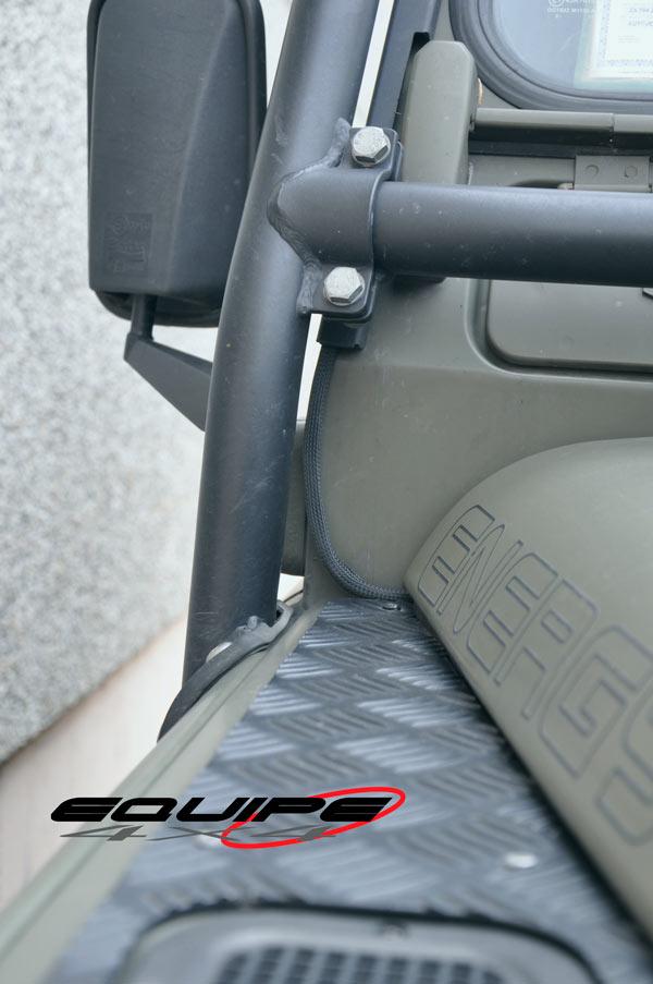 Windscreen-Fairlead-Cover-Frame-Defender-5
