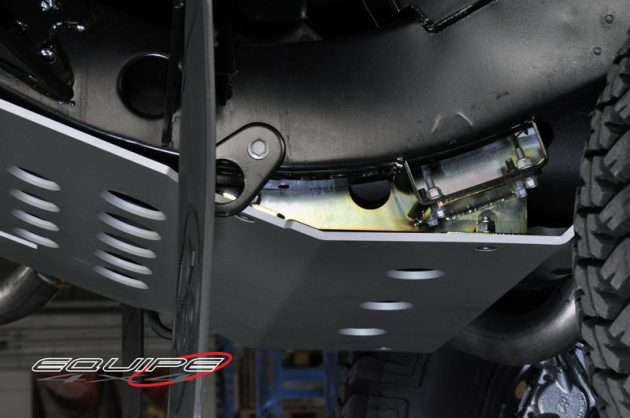 Rear-Tank-Plate-Protection-Defender-110-3