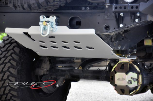 Rear-Tank-Plate-Protection-Defender-110-4