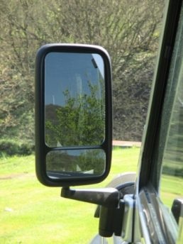 Blind-Spot-XL-Mirror-Defender-1