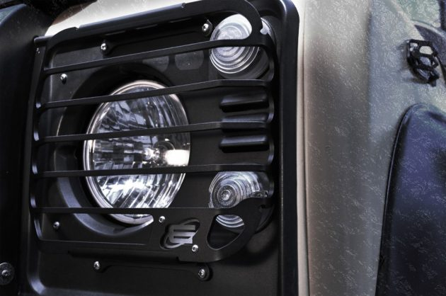 Headlight-Protection-Grill-Defender-2